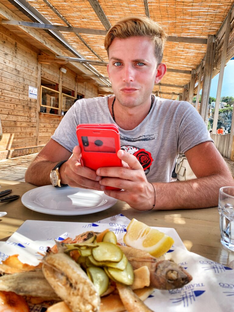 Gay Puglia - the Big Gay Podcast from Puglia. Serving up Puglia's finest food and destination recommendations. Al Trabucco di Mimì, Peschici.